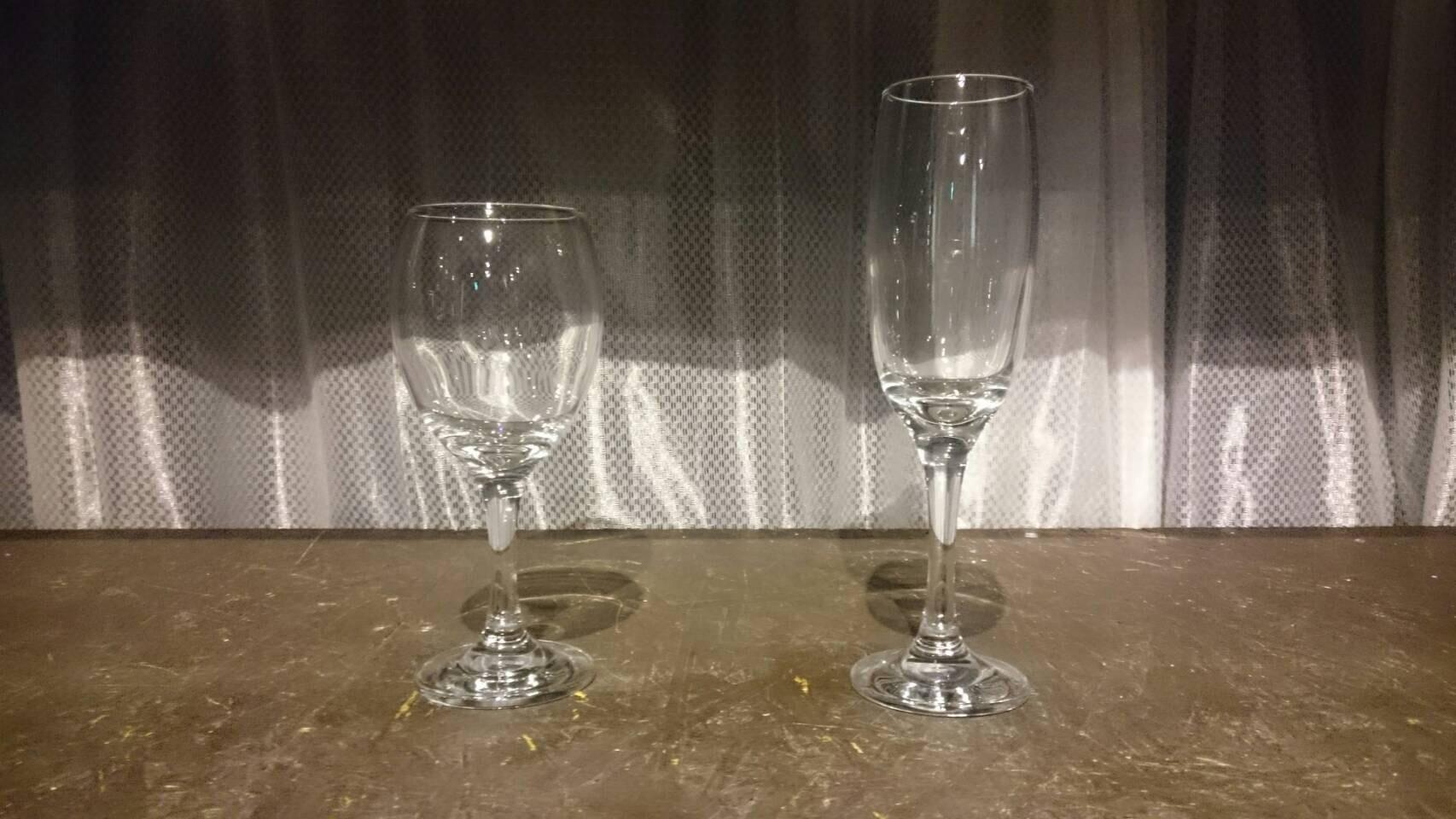 シャンパン・ワイングラス
